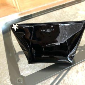 Givenchy - mini  make up bag